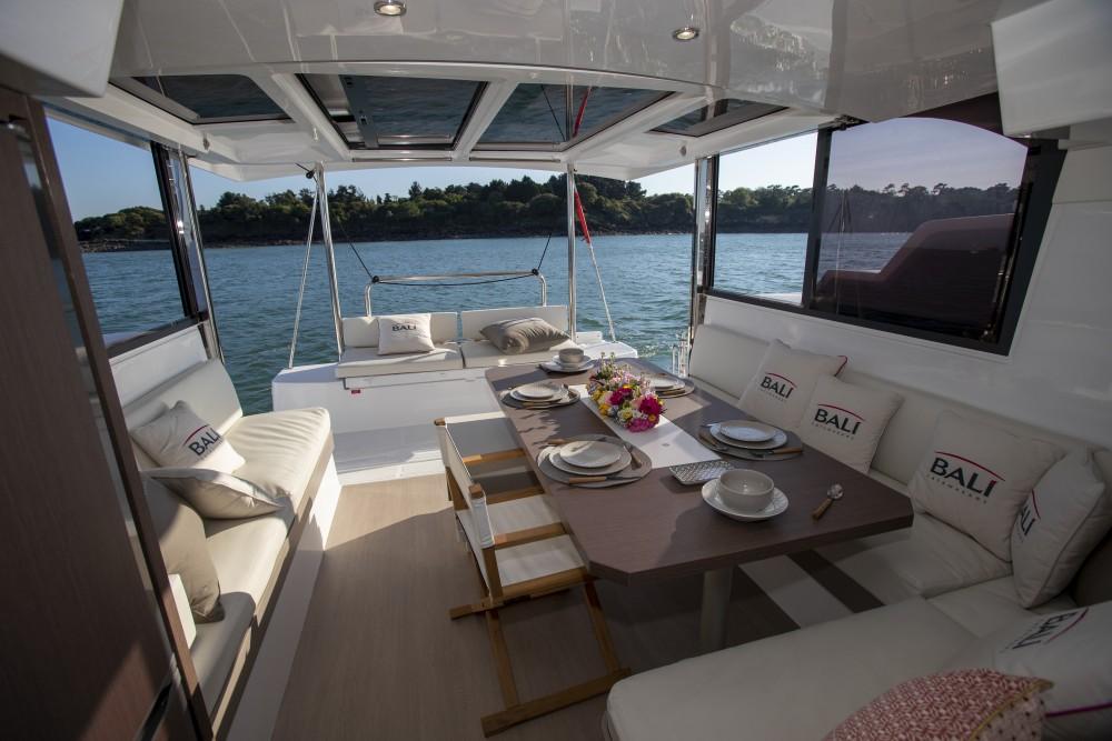 Louer Catamaran avec ou sans skipper Bali à Šibenik