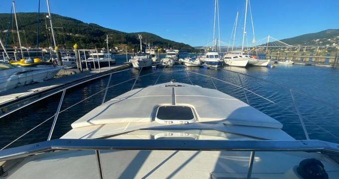 Louer Bateau à moteur avec ou sans skipper Fairline à Punta Umbría
