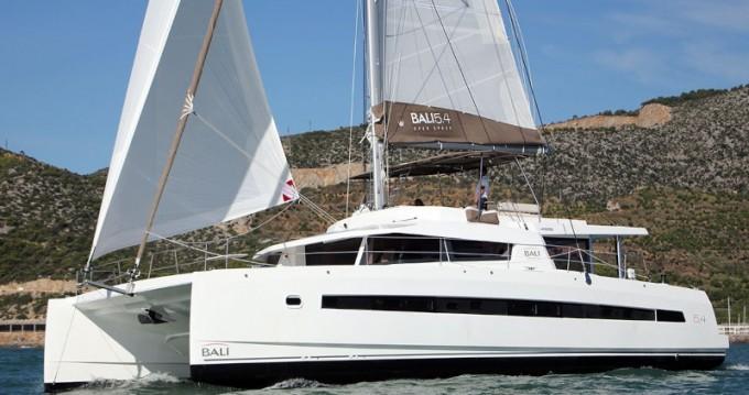 Location bateau Olbia pas cher Bali 5.4