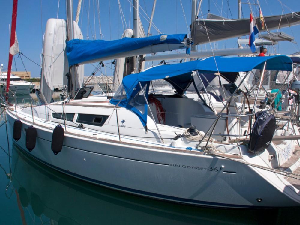 Jeanneau Sun Odyssey 36i entre particuliers et professionnel à San Vincenzo