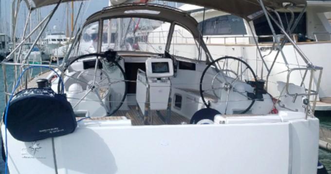 Location bateau San Vincenzo pas cher Sun Odyssey 449