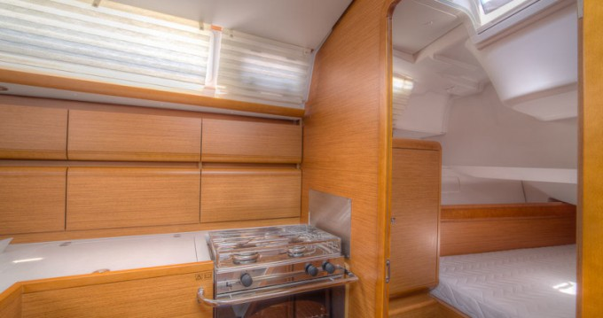Jeanneau Sun Odyssey 439 entre particuliers et professionnel à San Vincenzo