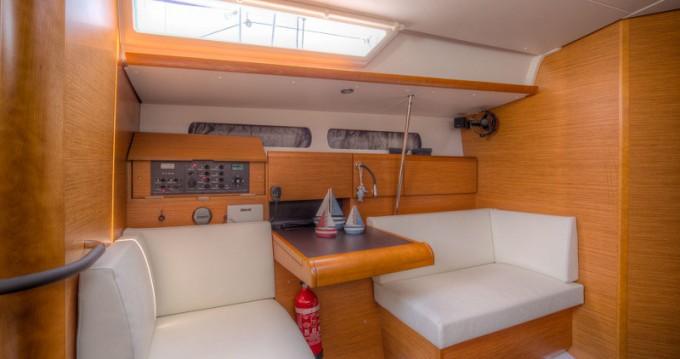 Louez un Jeanneau Sun Odyssey 439 à San Vincenzo