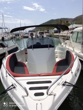 Louer Bateau à moteur avec ou sans skipper Barracuda à Port Ginesta