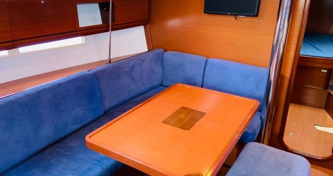 Location bateau Valencia pas cher Dufour 405 Grand Large
