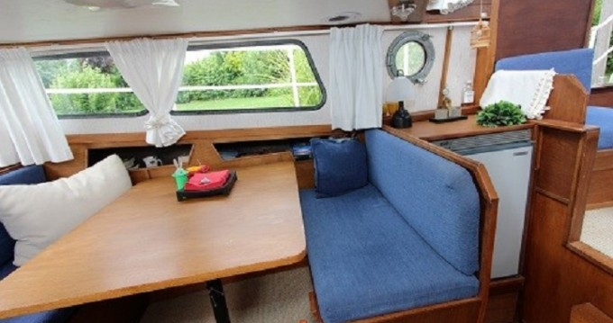 Location bateau Briare pas cher AK