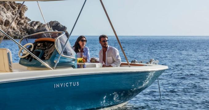 Location yacht à Ormos Panagias - Invictus  Invictus 200 FX sur SamBoat