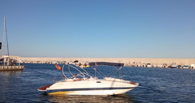Location bateau Monterey Explorer 240 à Fuengirola sur Samboat