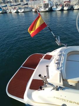 Bateau à moteur à louer à Fuengirola au meilleur prix