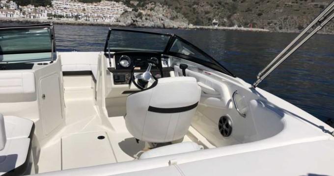 Louer Bateau à moteur avec ou sans skipper Sea Ray à Almuñécar