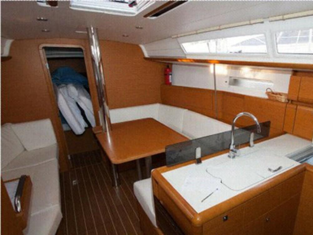 Location yacht à Palma de Majorque - Jeanneau Sun Odyssey 379 sur SamBoat
