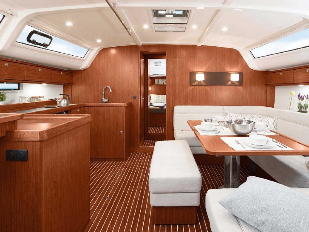 Bavaria Bavaria 51 Cruiser entre particuliers et professionnel à Biograd na Moru