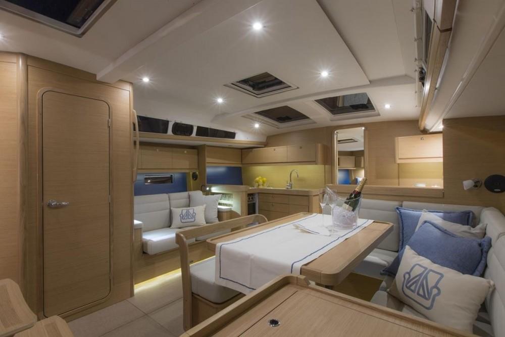 Louez un Dufour 460 Grand Large - 5 cabins Dufour 460 Grand Large à Pirovac
