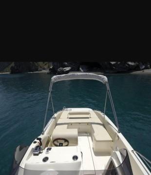 Louer Bateau à moteur avec ou sans skipper Nadirmarine à Siracusa