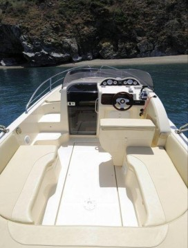 Location yacht à Siracusa - Nadirmarine Eolo 830 day sur SamBoat