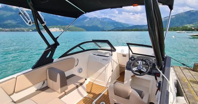Location bateau Bayliner VR4 à Annecy sur Samboat