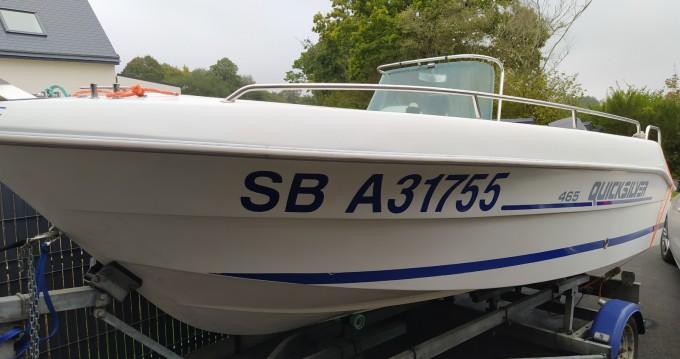 Louer Bateau à moteur avec ou sans skipper Power marine à Binic