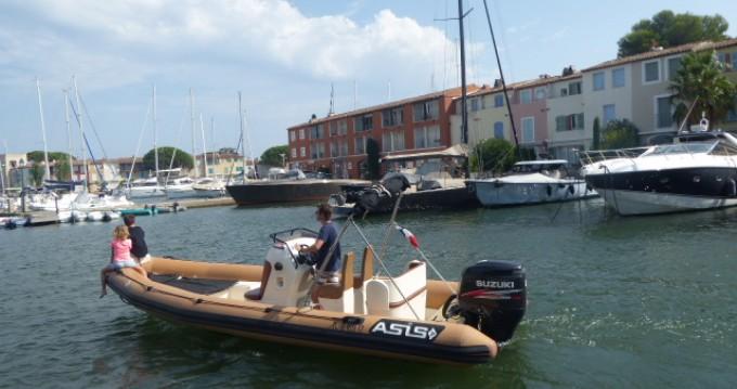 Location bateau Asis 7.2 OPEN à Port Grimaud sur Samboat