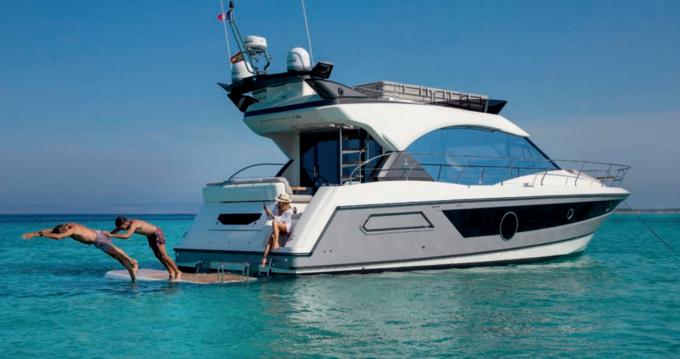 Location bateau Salerno pas cher MC52
