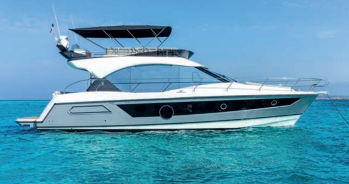 Location yacht à Salerno - Montecarlo MC52 sur SamBoat