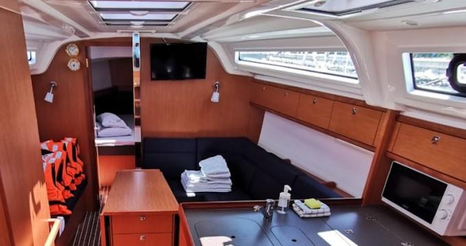 Location yacht à Pirovac - Bavaria Cruiser 37 sur SamBoat
