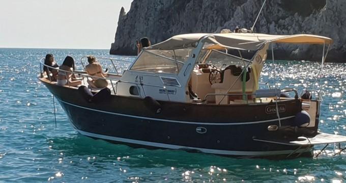 Location bateau Sorrento pas cher 9' Semi-Cabin