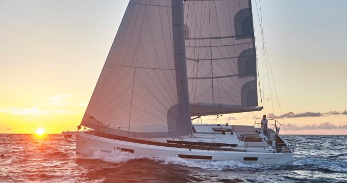 Location yacht à Donji Seget - Jeanneau Sun Odyssey 440 sur SamBoat