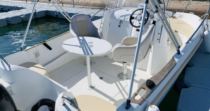 Location bateau Bénéteau Flyer 5.50 à Marseillan sur Samboat