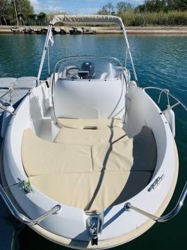 Location bateau Marseillan pas cher Flyer 5.50
