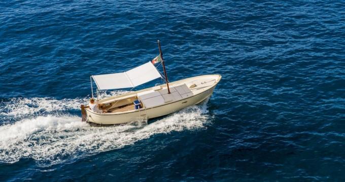Location Bateau à moteur Nautica Esposito avec permis