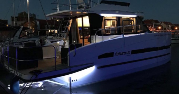 Location bateau Wilkasy pas cher Futura 40 Grand Horizon