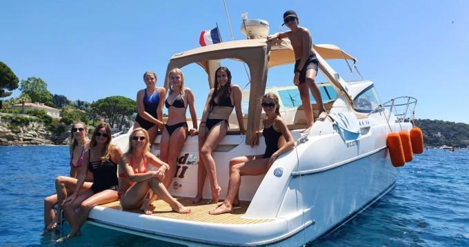 Location yacht à Beaulieu-sur-Mer - Jeanneau Prestige 34 Open sur SamBoat