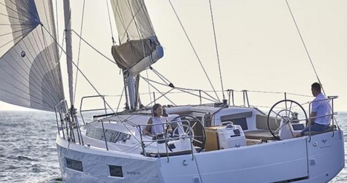 Location bateau Tropea pas cher Sun Odyssey 410 Performance