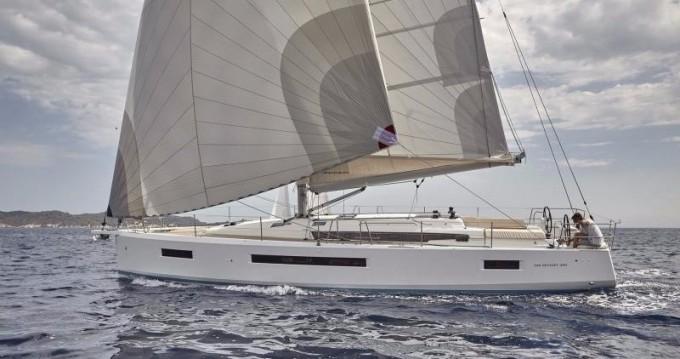 Louez un Jeanneau Sun Odyssey 490 à Paros