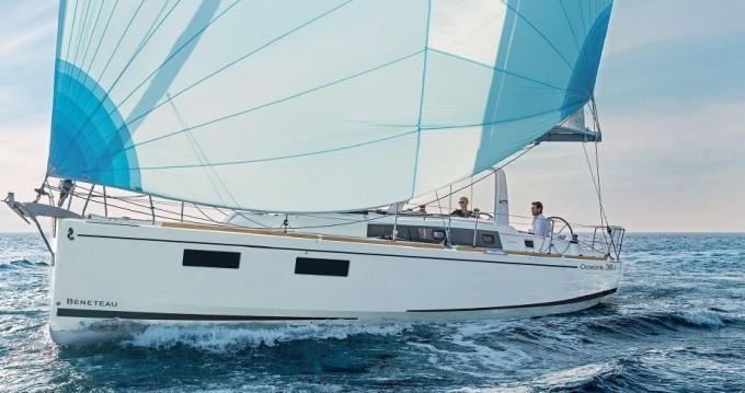 Bénéteau Oceanis 381 entre particuliers et professionnel à Palerme