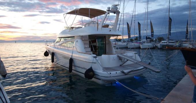 Louer Bateau à moteur avec ou sans skipper Jeanneau à Split