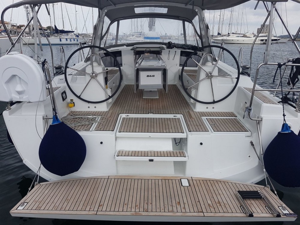 Location yacht à Cannigione - Bénéteau Oceanis 41.1 sur SamBoat