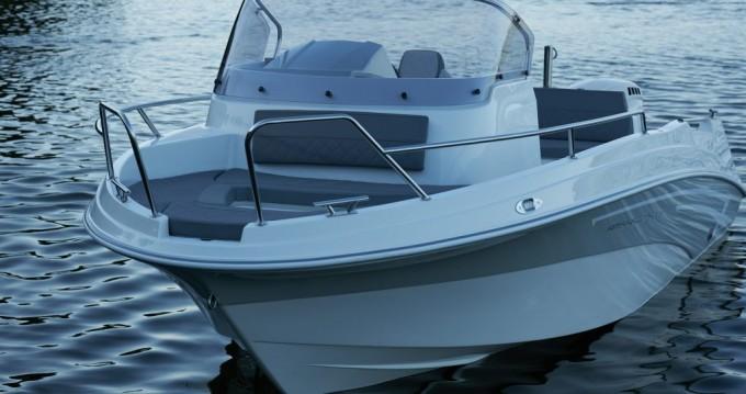 Louez un An Marine MARINE TIME 556 OPEN CABIN à Zadar