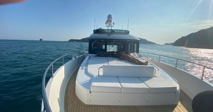 Location bateau Sundeck 580 à La Spezia sur Samboat