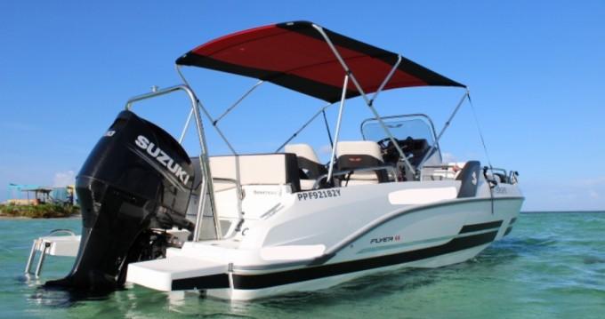 Location bateau Pointe-à-Pitre pas cher Flyer 6.6 SUNdeck