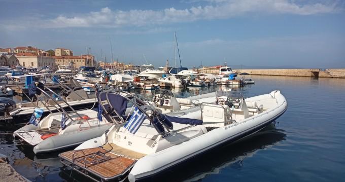 Location bateau Chania pas cher Royal