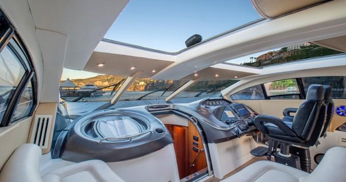 Louer Yacht avec ou sans skipper Sunseeker à Castellammare di Stabia
