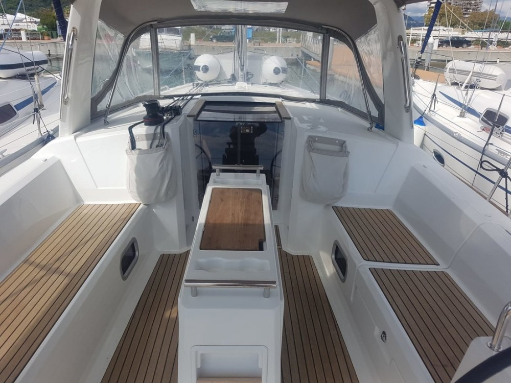 Location yacht à Campanie - Bénéteau Oceanis 38.1 sur SamBoat
