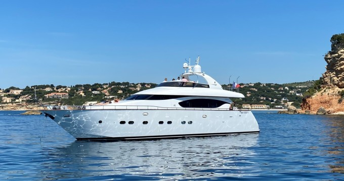 Location Yacht à Saint-Tropez - Maiora 23