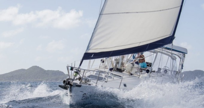 Louez un Bénéteau Oceanis 50 à Marigot