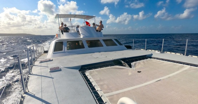 Location bateau Brooks Marine Dive Cat à Willemstad sur Samboat