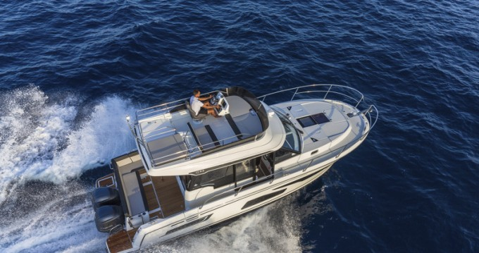 Location bateau Jeanneau Merry Fisher 1095 Fly à Trogir sur Samboat