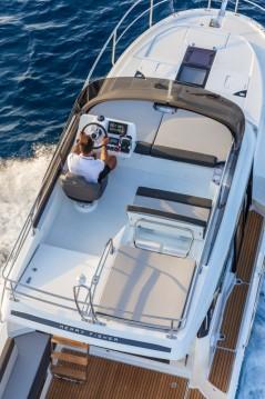 Louez un Jeanneau Merry Fisher 1095 Fly à Trogir