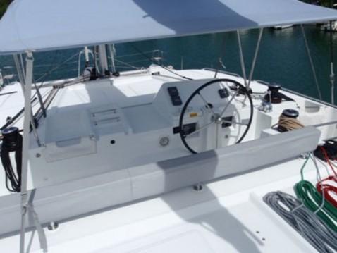 Location bateau Le Marin pas cher Lagoon 450 F