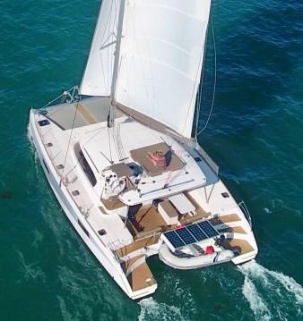 Location bateau Le Marin pas cher Aventura 43